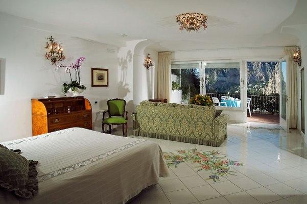 Лучшие отели острова Капри Villa Brunella