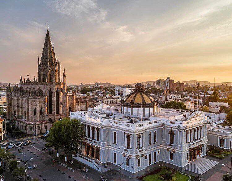 Крупные и красивые города Мексики: Гвадалахара