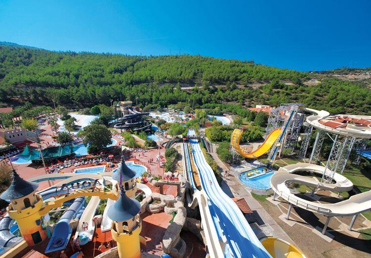 Отель Турции с водными горками Aqua Fantasy Aquapark Hotel & Spa (Кушадасы)