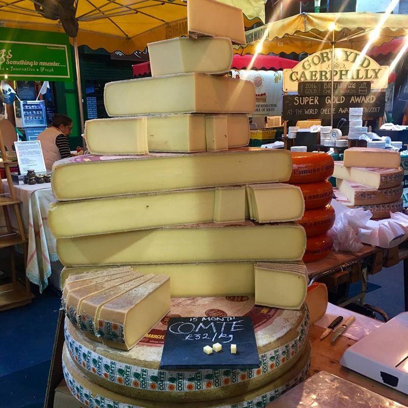 Сорта французского сыра - Конте, твёрдый с плотной коркой
