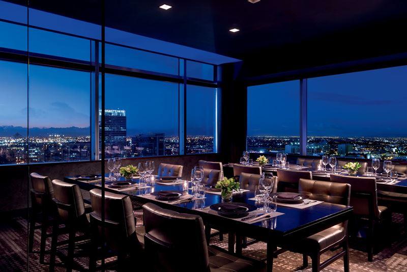 Высокие панорамные рестораны: WP24 by Wolfgang Puck в отеле The Ritz-Carlton (Лос-Анджелес, США)
