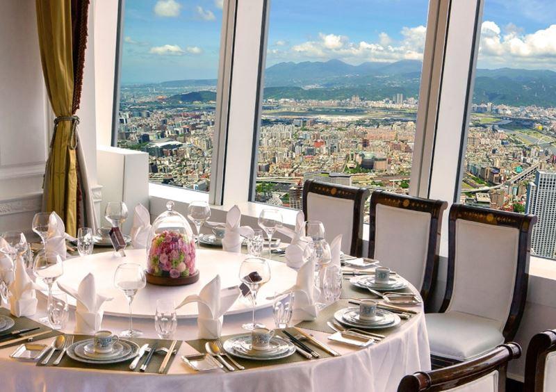 Высокие панорамные рестораны: Ding Xian в небоскрёбе The Taipei 101 (Тайбэй, Тайвань)