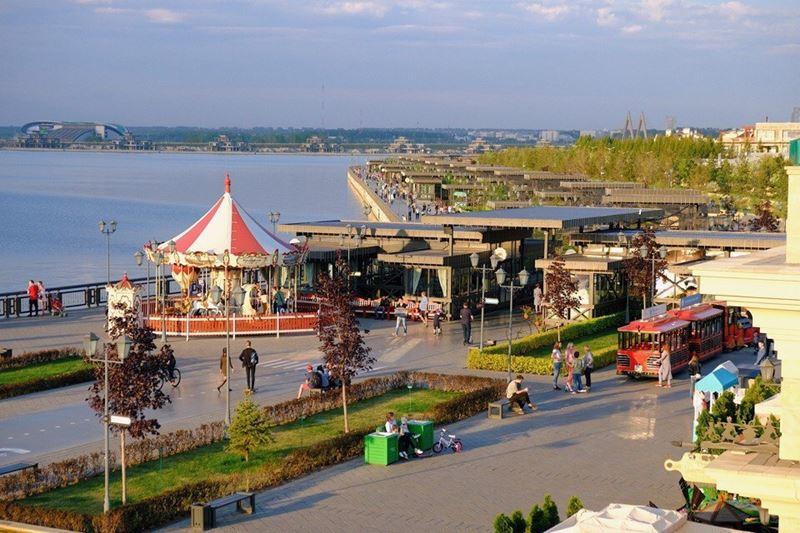 Гастрономический фестиваль «Татар-Ча» в ресторанах на Кремлевской набережной (Казань)