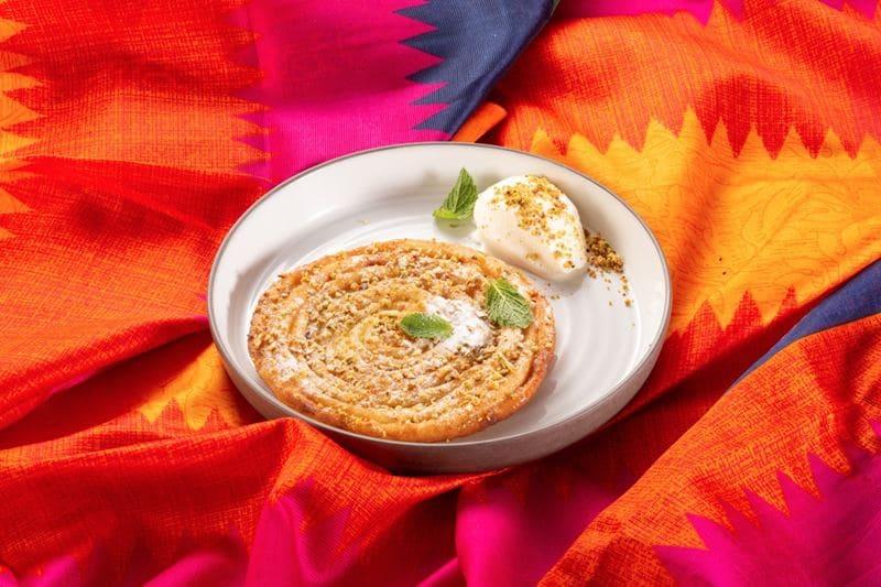 Блюда индийской кухни в ресторане «Шикари» -