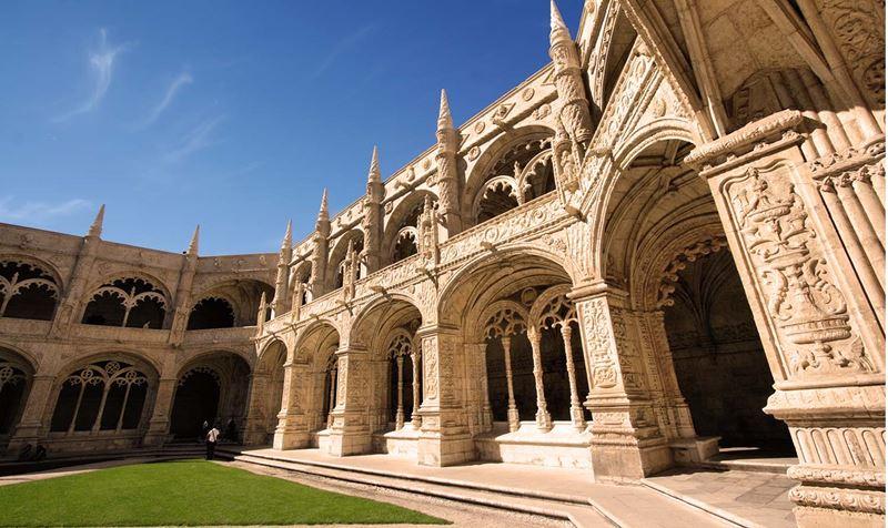 В Лиссабон с детьми: куда сходить всей семьей - Монастырь Жеронимуш