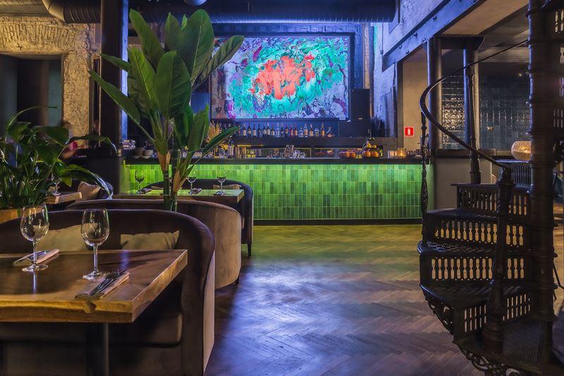 Дизайн интерьера ресторана Maer на Саввинской набережной