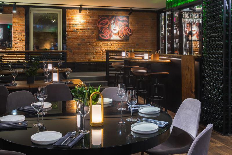 Винный ресторан Cepage на Красной Пресне в Москве