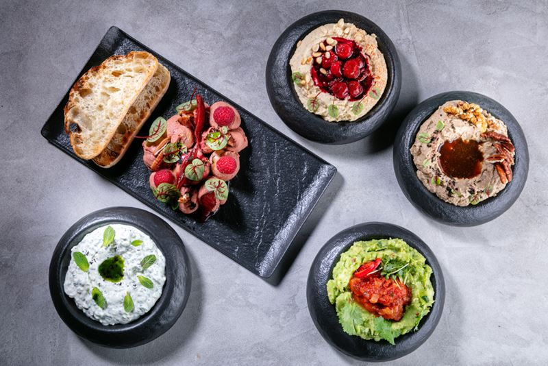 Ресторан Sybarite - Мезе – хумус, гуакамоле, бабагануш, дзадзики