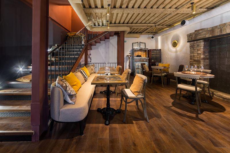 Ресторан Bazar Mangal на Сретенке - интерьер 2