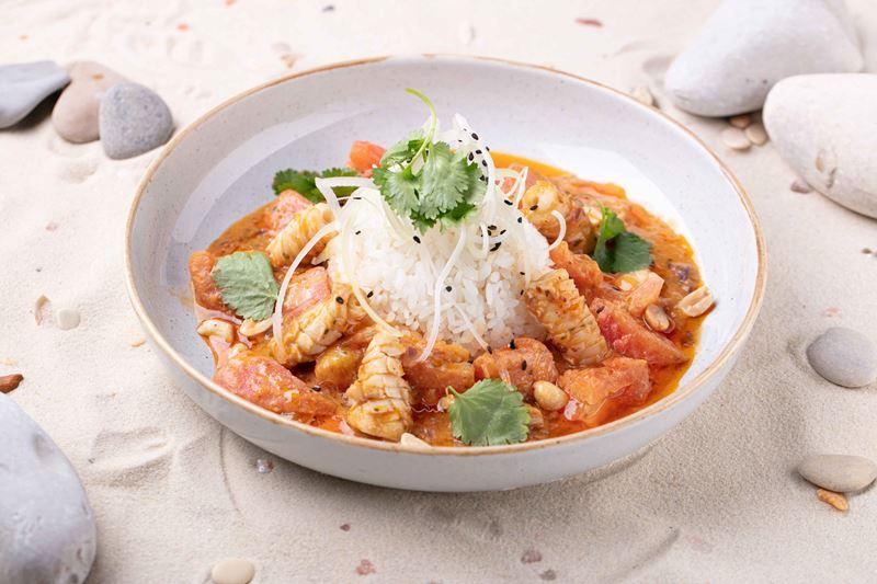 блюда индонезийской кухни в меню ресторана «Шикари» - Куми куми смур