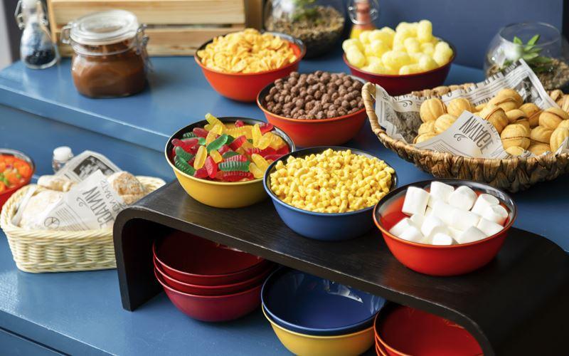 Новый отель в Сочи: Novotel Congress Красная Поляна - завтрак шведский стол