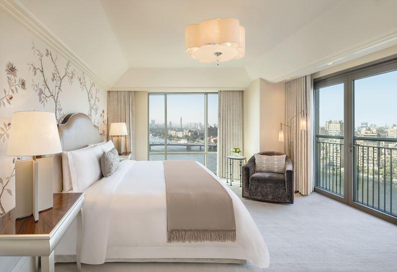 Отель St. Regis Cairo на берегу реки Нил в Египте - номер