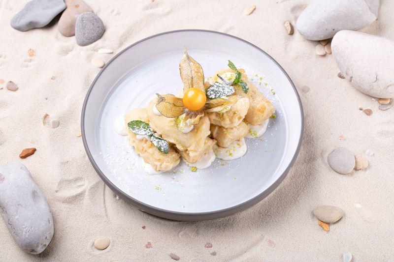 Писанг Горенг (жареные бананы) от бренд-шефа ресторанов «Шикари» Максима Коломацкого