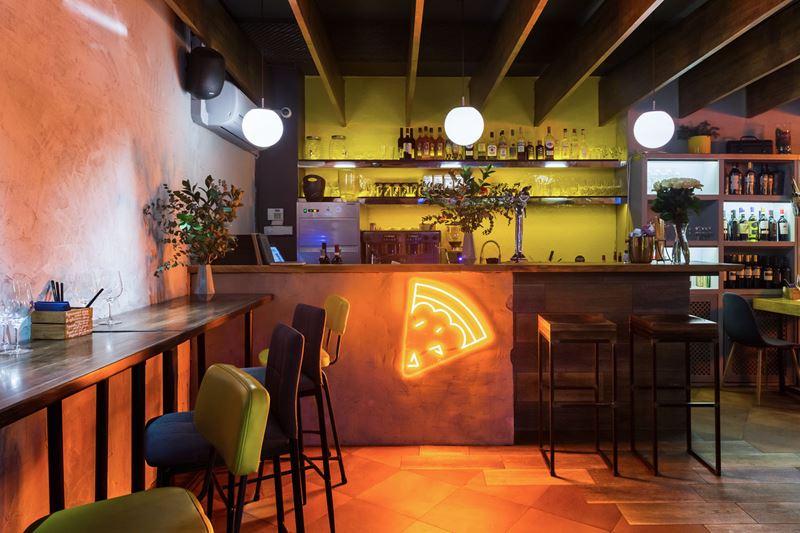 Пиццерия Crosta в Москве - интерьер 2