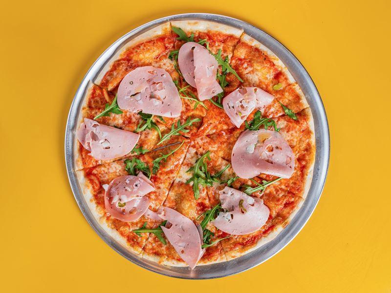 Пиццерия Crosta в Москве - мортаделла