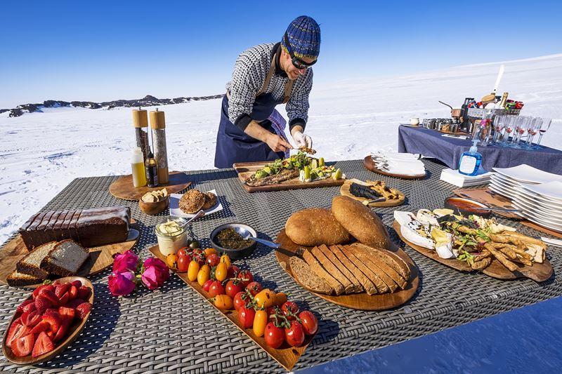 На Южный Полюс из Кейптауна: путешествие в Антарктиду - пикник на воздухе