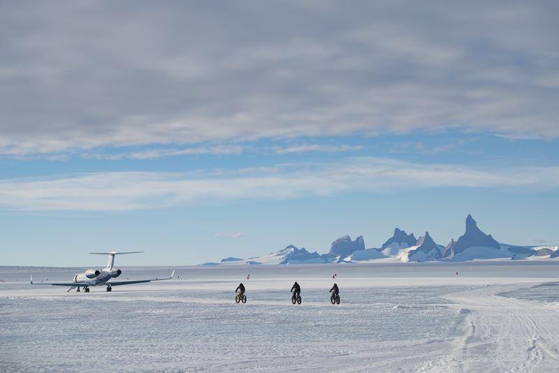 На Южный Полюс из Кейптауна: путешествие в Антарктиду - самолет