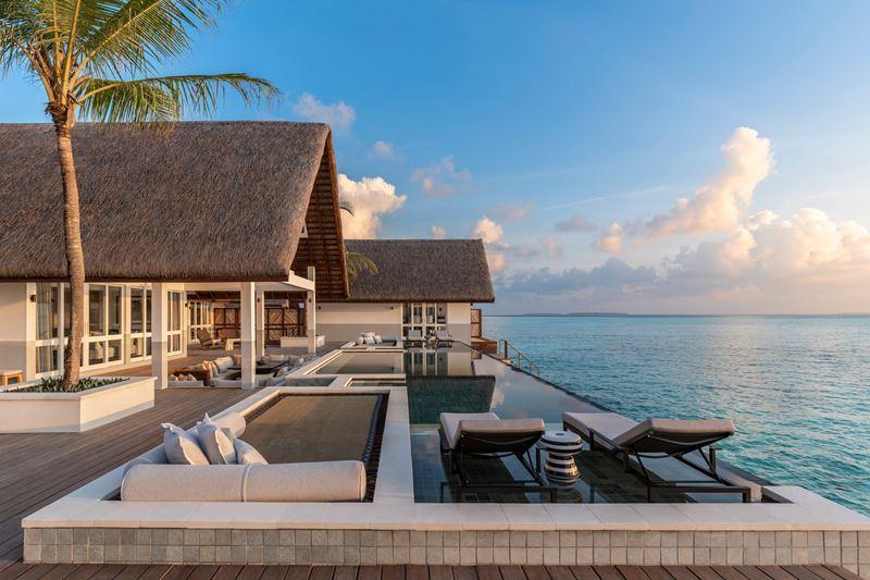 Путешествия в 2021 году: туризм после пандемии - Four Seasons Resort Maldives at Landaa Giraavaru