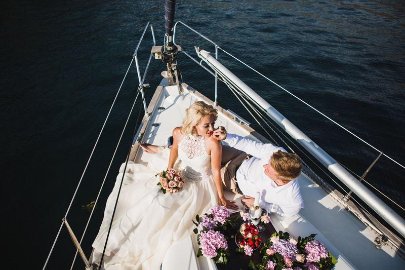 Свадьба на воде: открытие сезона в банкетных залах Yacht Event