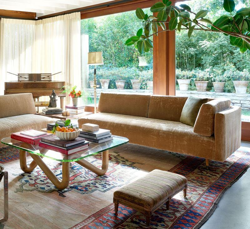 Интерьер дома Дакоты Джонсон в Лос-Анджелесе - гостиная
