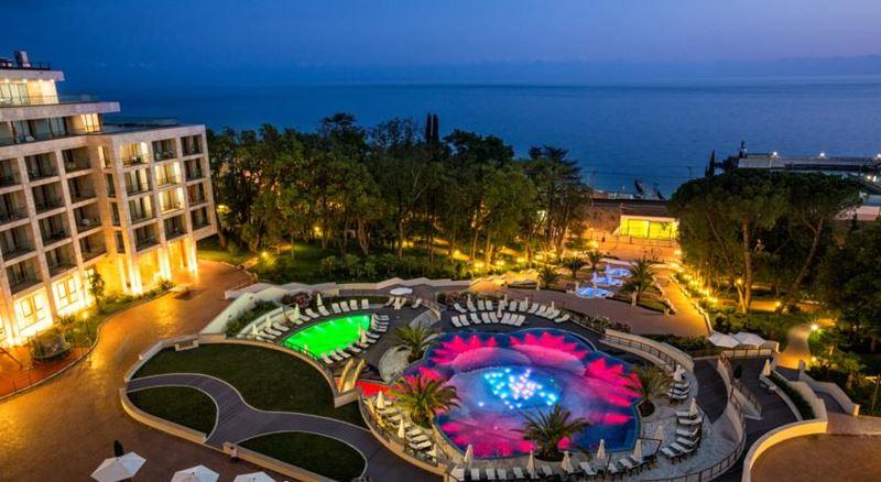 Лучшие отели России - Swissôtel Resort Сочи Камелия