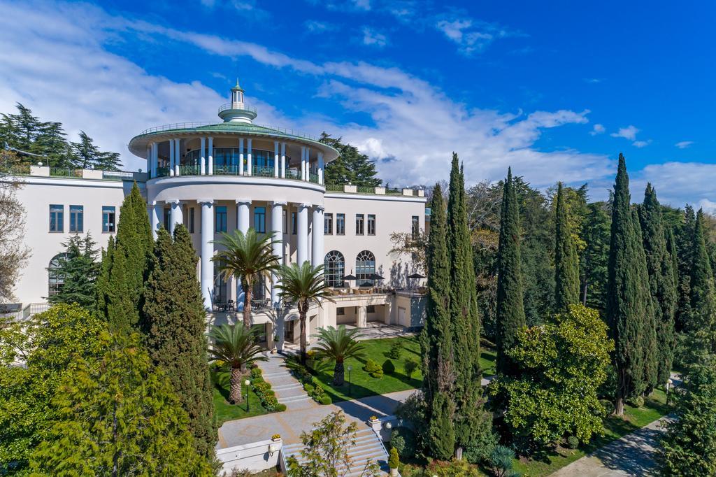 Лучшие отели Сочи класса «люкс» - RODINA Grand Hotel & SPA