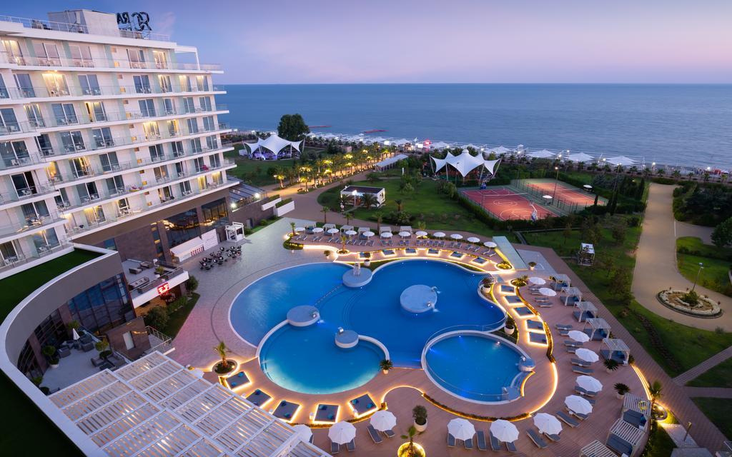 Лучшие отели Сочи класса «люкс» - Radisson Collection Paradise Resort & Spa, Sochi