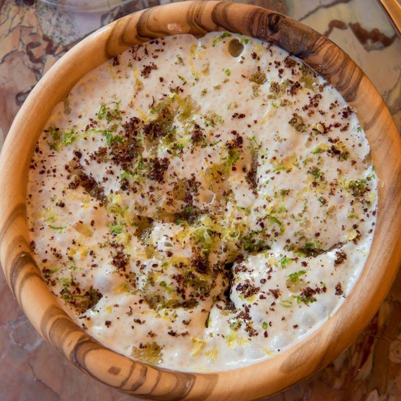 Рецепт хумуса от шеф-повара отеля Brach Paris Адама Бентала