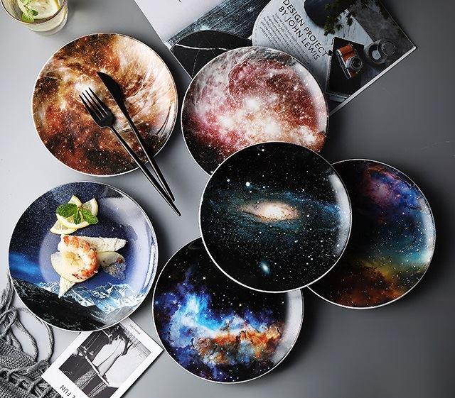 Красивая и стильная посуда с Aliexpress - Набор тарелок «Звёздная вселенная» (HPZS)