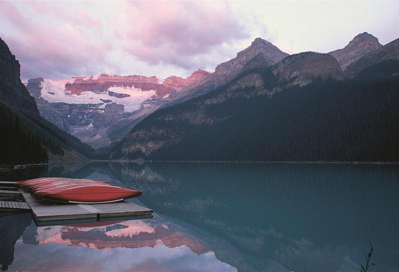 Fairmont отмечает 30 лет заботы об экологии - Озеро Луиз в Канаде