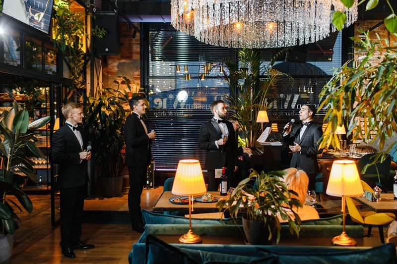Russian Wine & Bar открывает летний сезон музыкальным ужином, посвящённым Италии