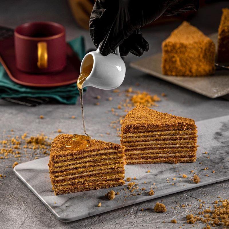 Традиционные десерты разных стран - Медовик (Россия)