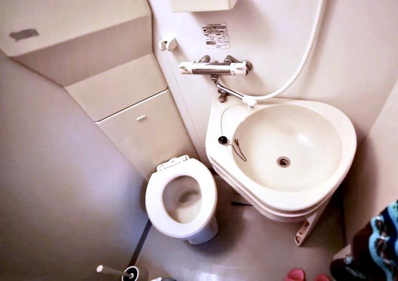 Австралийка квартира в Токио 8 м² - ванная комната