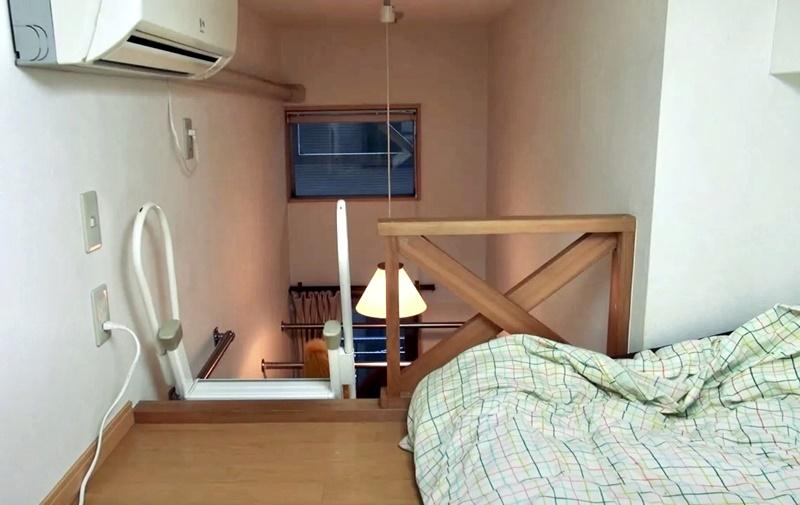 Австралийка квартира в Токио 8 м² - спальное место на втором этаже