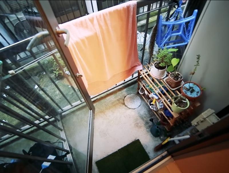 Австралийка квартира в Токио 8 м² - балкон