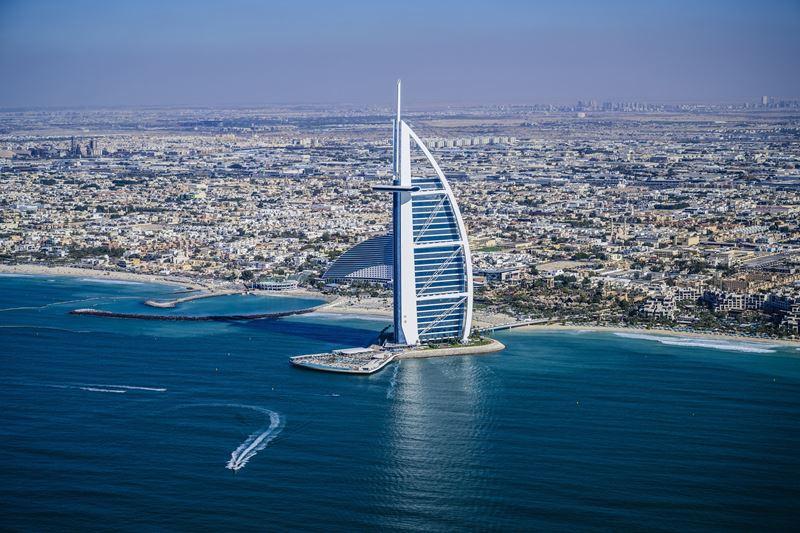 Дубай отметил год с момента открытия границ для иностранных туристов