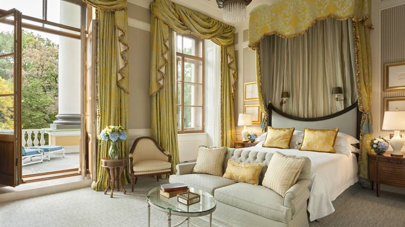 Автомобильные маршруты по Европе - Four Seasons Hotel Lion Palace St Petersburg