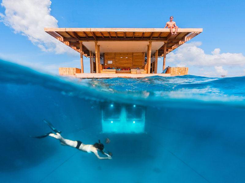 Лучшие подводные отели мира - The Manta Resort