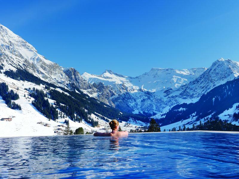 Бассейны-инфинити с панорамными видами - The Cambrian Hotel and Spa (Швейцария, Адельбоден)