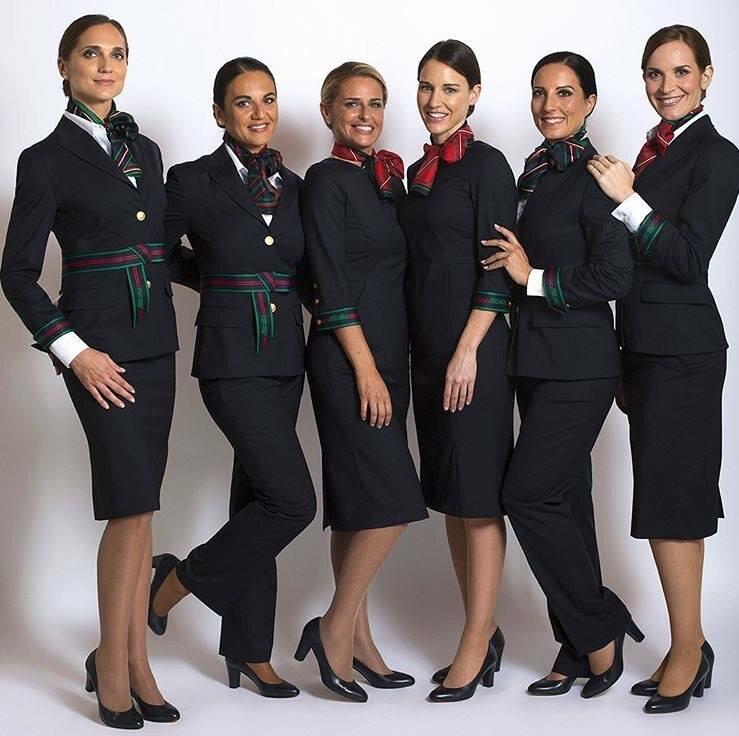 Форма стюардесс авиакомпаний Европы - Alitalia (Италия)