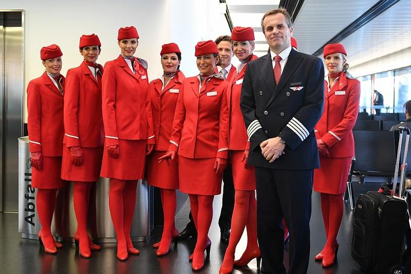 Форма стюардесс авиакомпаний Европы - Austrian Airlines (Австрия)
