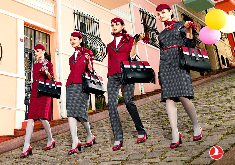Форма стюардесс авиакомпаний Европы - Turkish Airlines (Турция)