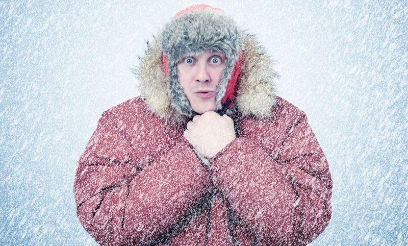 «У вас всегда холодно»: суровое русское лето глазами теплолюбивого француза