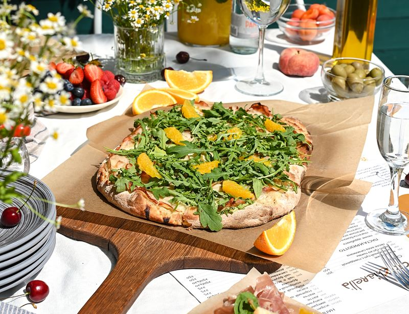 Римская пицца - начинки - Индейка с соусом тоннато