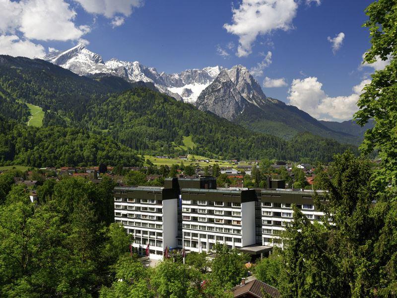 Самый высокий отельный номер Германии Accor Novotel - Mercure Hotel Garmisch-Partenkirchen