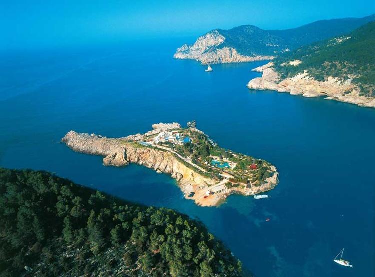 Самые дорогие курорты мира: Isla Ferradura