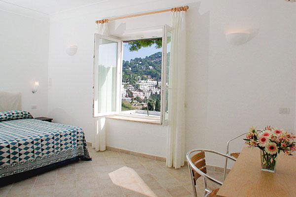 Лучшие отели острова Капри Hotel La Tosca