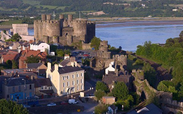 достопримечательности великобритании замок конуи уэльс