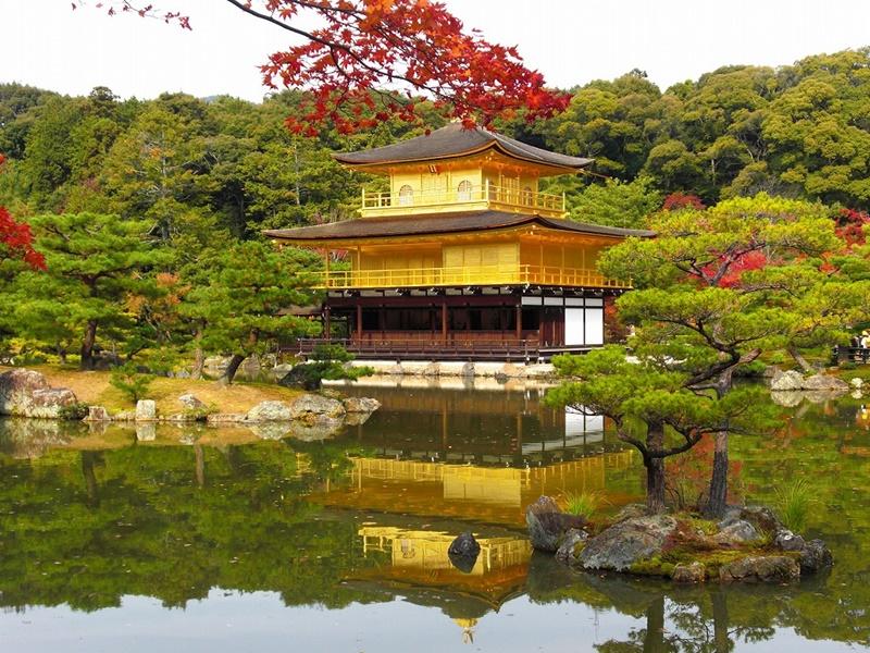 Достопримечательности Японии - Кинкаку-дзи