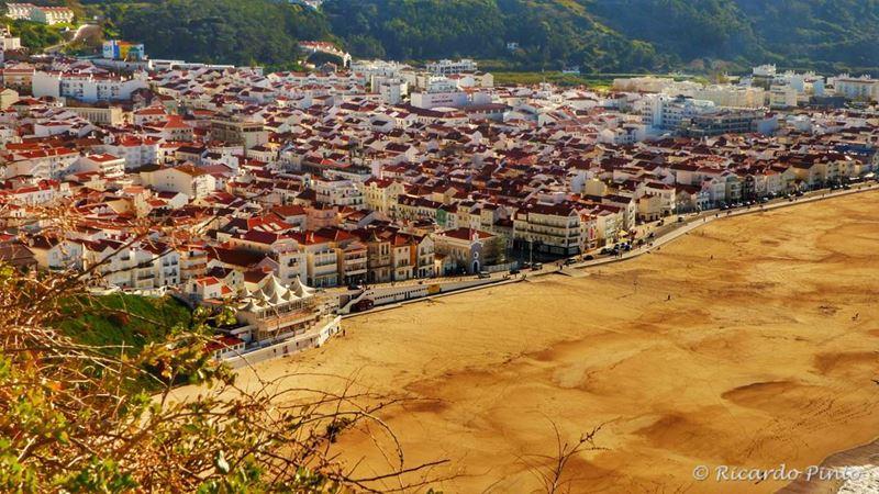 Красивые города Португалии: Назаре